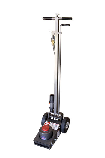 The long handle on the TSL-50LP tire jack allows mobile fleet services to safely service hard-to-engage vehicles.