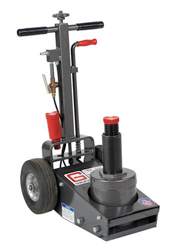 The short handle and steel frame on the TSL-50S tire jack gives mobile fleet services flexibility and longevity.